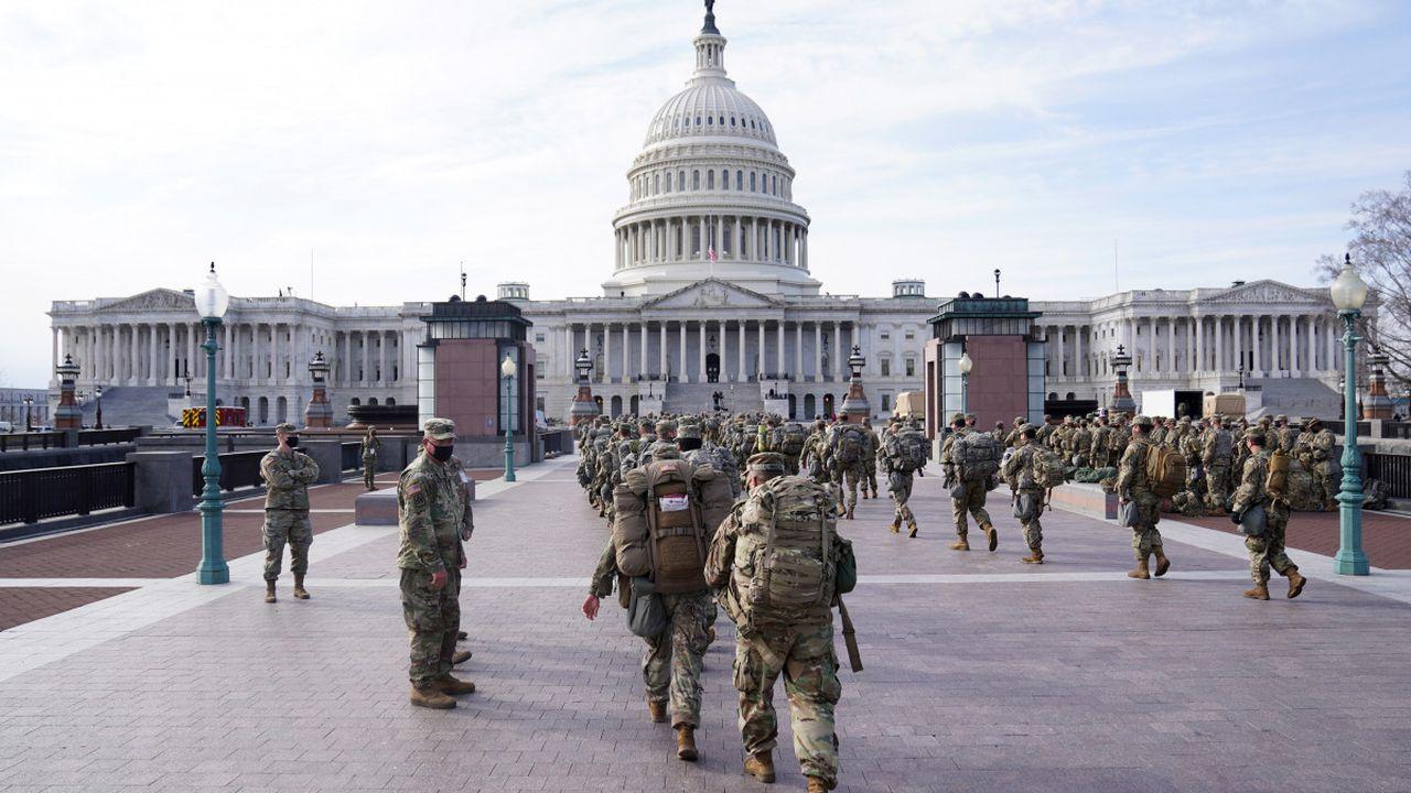 Un bărbat înarmat a fost arestat în apropiere de Capitoliu. Deținea un pistol și 500 de gloanțe
