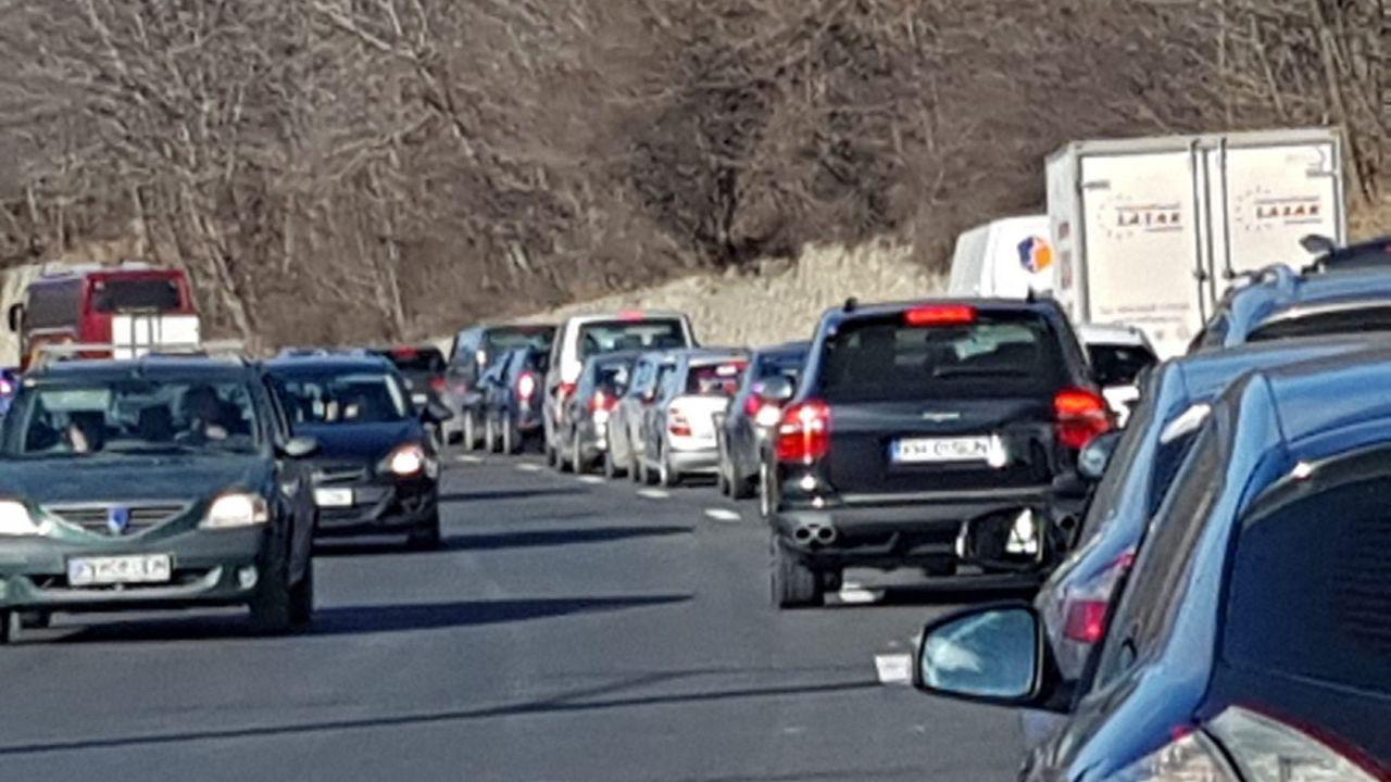 IGPR recomandă bucureştenilor care se întorc de pe Valea Prahovei să folosească rute alternative