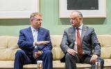Răsturnare de situaţie după alegerile din Moldova. Igor Dodon îi dă în judecată pe Klaus Iohannis şi Ludovic Orban