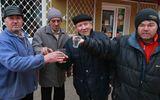 """Locurile din România care au rămas neatinse de COVID: """"Aici este o barieră, toată lumea are o ţuică"""""""