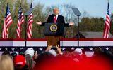 Donald Trump s-a răzgândit! Îi cedează locul lui Joe Biden la Casa Albă. Ce condiție impune liderul SUA