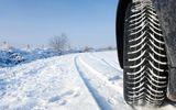 Ţi-ai montat cauciucuri de iarnă pe maşină? Lipsa lor îţi poate aduce amenzi de mii de lei