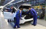 Uzina Ford Craiova opreşte producţia de vehicule şi motoare timp de 8 zile