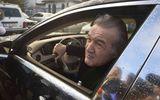 Ce maşină şi-a luat Gigi Becali după ce l-a vândut pe Dennis Man la Parma. Bijuteria cu care milionarul circulă pe străzile Capitalei FOTO