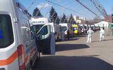 Explozie de cazuri COVID în Moldova. Zeci de ambulanţe cu oameni infectaţi, la coadă în faţa spitalelor