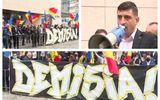 """Protest în faţa Ministerului Sănătăţii. George Simion (AUR): """"Vrem demisia lui Vlad Voiculescu. Cîțu este slab"""""""