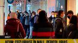 Îmbulzeală la mall pentru a prinde un aspirator de ultimă generaţie la reducere VIDEO