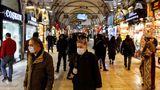 Turcia introduce restricţii de deplasare în weekend-uri