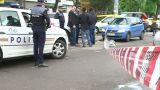 Crimă în Braşov. O tânără de 18 ani a înjunghiat de mai multe ori o femeie în casa căreia intrase să fure