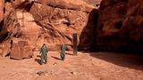 Apariţie inexplicabilă. Un monolit misterios a fost găsit lângă o cetate dacică din Neamţ, după ce fusese dat dispărut în Utah