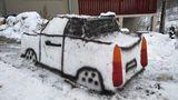 Trabant de zăpadă construit de un tânăr din Cluj. Cum i-a venit ideea ingenioasă. GALERIE FOTO