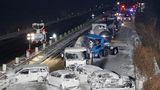 Căderile abundente de zăpadă au provocat accidente în lanţ pe autostrăzile din Japonia. 200 de oameni au fost afectaţi, peste 130 de maşini au fost implicate VIDEO