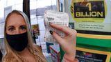 Premiu exorbitant la loterie, un american a câştigat un miliard de dolari la Mega Million