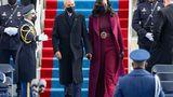 Michelle Obama a ales un designer afro-american pentru ţinuta de la ceremonia de învestire a lui Joe Biden. De unde au ales să se îmbrace noul preşedinte şi Kamala  Harris FOTO