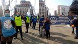 Manifestație de amploare în Ploiești. Protestatarii se îndreaptă spre București
