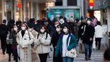 Al doilea val al pandemiei i-a adus la disperare. Rata sinuciderilor a crescut cu 16% în Japonia