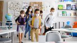 """România e singura ţară din Europa în care elevii poartă mască la orele de sport. Sorin Cîmpeanu: """"Mă deranjează"""""""