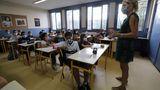"""Ministrul Educaţiei despre noul val al pandemiei: """"Şcolile se vor închide ultimele"""""""
