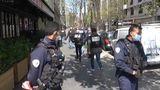 Atac armat în faţa unui spital la Paris. Un mort şi un rănit; autorul a reuşit să fugă