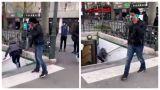 Imagini ȘOCANTE! O femeie a fost împinsă cu brutalitate pe scările de la metrou
