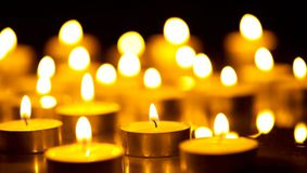 Tragedia momentului în România! Un cunoscut medic a încetat din viaţă. A fost soţul unei cântăreţe celebre