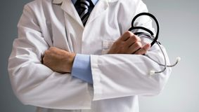 Ce salariu are cel mai cunoscut medic din lume. Câștigă mai bine decât președintele SUA