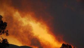 Alertă! Țara, devastată de 118 incendii