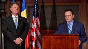 Maior, din nou ambasador, Hurezeanu, ministru de Externe. Din toamnă, un nou Guvern