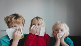 Val de infecții la copii! Germania avertizează cu privire la un virusul mai periculos decât Covid