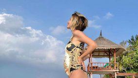 """Adela Popescu și-a """"riscat"""" viața în vacanța din Maldive! Laura Cosoi a povestit totul: """"S-a aruncat în valuri"""" / FOTO"""