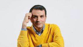 Lucian Mîndruță TRAS PE Dreapta de un polițist, care i-a dat REPLCA jurnalistului