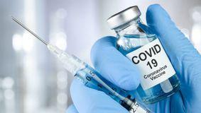 De ASTĂZI începe vaccinarea cu a treia doză în România. Cine sunt cei care se pot imuniza anti-COVID