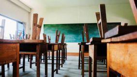 """Guvernul va băga în vacanţă forţată şi şcolile private. Dan Vîlceanu: """"A fost această scăpare, o vom reglementa luni"""""""