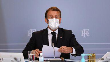 Franţa iese din carantină pe 15 decembrie, dar restricţiile rămân până pe 20 ianuarie. Anunţuri importante făcute de Emmanuel Macron