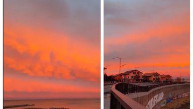 """Apus de soare la Constanţa. Cerul """"a luat foc"""" la mare VIDEO"""