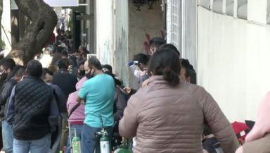 Situație critică în Mexic. Se așteaptă opt ore la coadă pentru un tub de oxigen