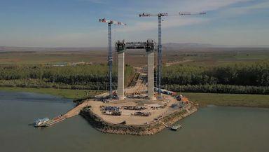 Podul suspendat peste Dunăre de la Brăila va rămâne muzeu timp de un an. Ce spune ministrul Transporturilor