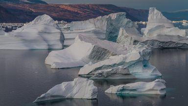 Cel mai mare ghețar din lume nu mai există: S-a rupt în bucăți și se topește. Imaginile care fac înconjurul lumii!