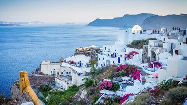 Liber la vacanţe în Grecia începând cu 16 aprilie. Claudiu Năsui anunţă regulile pe care turiştii români trebuie să le respecte