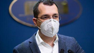 """Vlad Voiculescu nu se lasă: """"Nu exclud întoarcerea mea la Ministerul Sănătății. Dacă aș avea ce să-mi reproșez, nu aș avea acest curaj"""""""