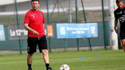 Un român, antrenor în prima ligă franceză. Adrian Ursea l-a înlocuit pe legendarul Patrick Vieira la conducerea lui Nice