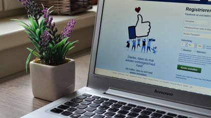Facebook News s-a extins în afara SUA. Ştirile unor publicaţii mari, precum Daily Mail sau Financial Times, vor apărea într-un feed separat pe Facebook