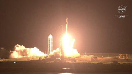 SpaceX, lansare cu succes către Staţia Spaţială. Compania lui Elon Musk a trimis în premieră un astronaut european către ISS VIDEO