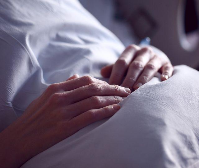 Tragedie fără margini la Miercurea Ciuc. Oana a murit infectată cu COVID, înainte să-și țină în brațe bebelușul