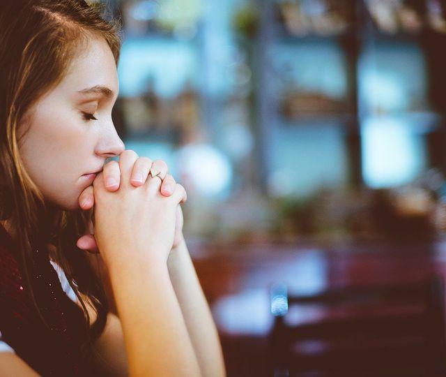 """Rugăciunea """"Tatăl Nostru"""" se modifică. Noua versiune intră în vigoare de duminica viitoare!"""