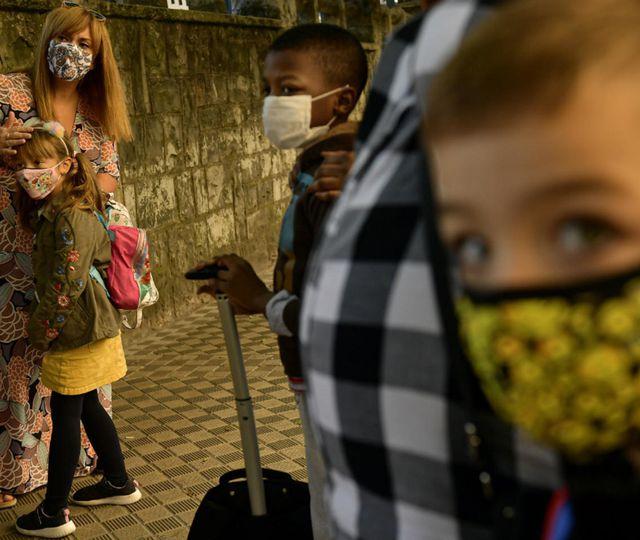 Pandemia de Covid 19. Spania, record de infectări zilnice, peste 40.000, Irlanda cere test PCR negativ