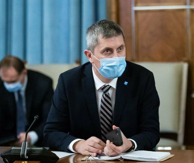 Probleme mari cu banii în 2021 pentru România. Dan Barna trage deja un semnal de alarmă. Începe criza?