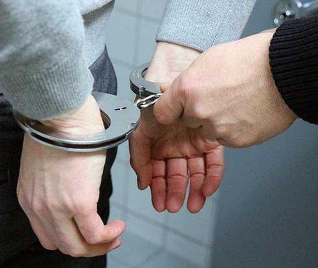 Un deţinut care a evadat în 2019, prins în timp ce fura dintr-o clădire de birouri din Capitală