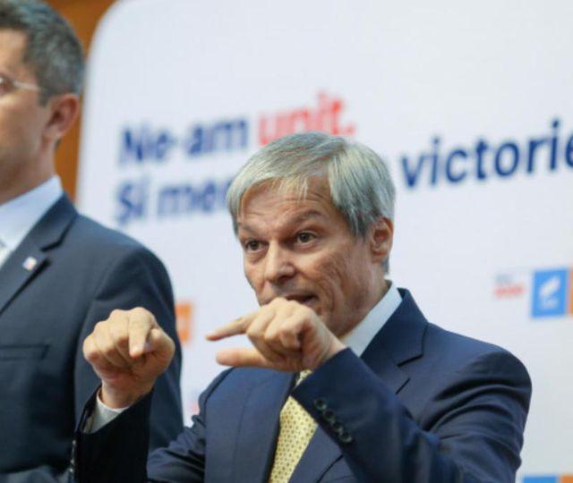 Miniştrii USR îl boicotează pe Cîţu şi nu participă la şedinţa de guvern de miercuri